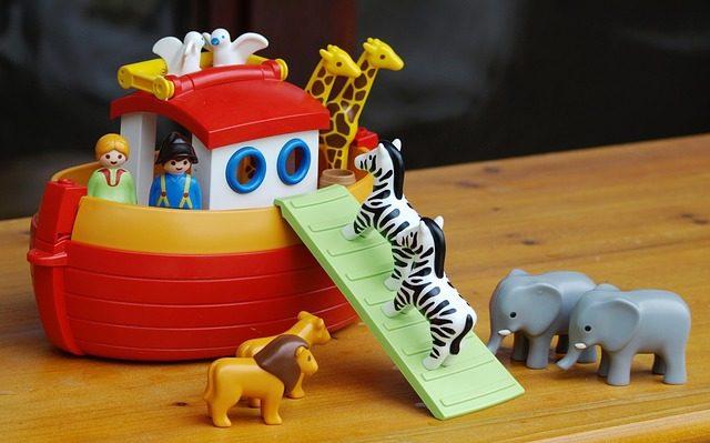 فلك نوح - اعادة تصور الحيوانات داخل الفلك – ترجمة: مجدي نادر