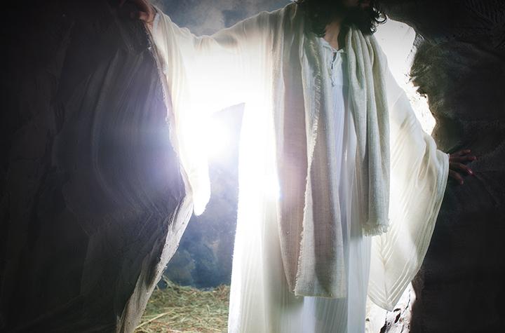 شهود يهوه وقيامة يسوع - هل قام بنفس الجسد؟ ترجمة: ايفا القمص اسرائيل